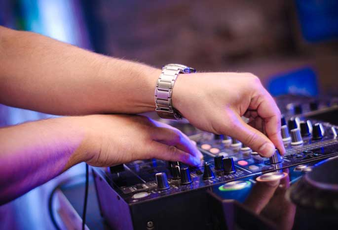 Entertainment Team DJ Service